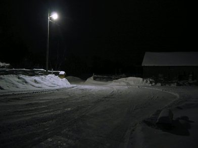 fal2007_barnyard_at_night